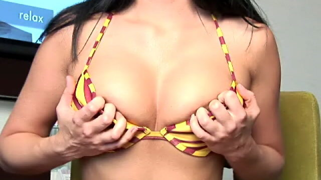 Hottie Brunette Small Fry Josie Taking Part In Along With Her Divine Pechugas For You