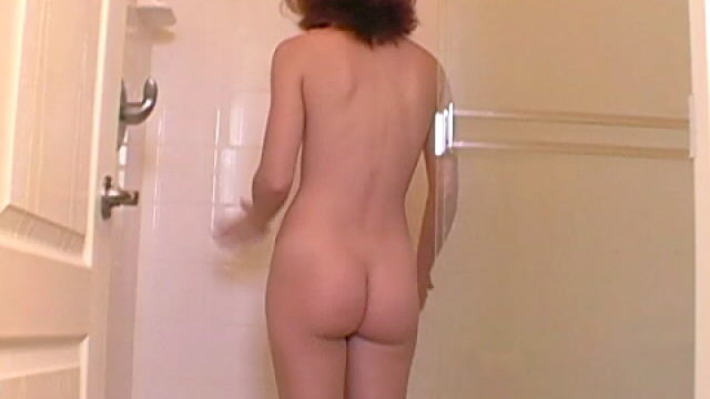 Candy Teen Babe Annabella Having A Shower For You