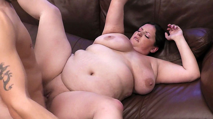 Bbw Bombshell Snapped And Fucked