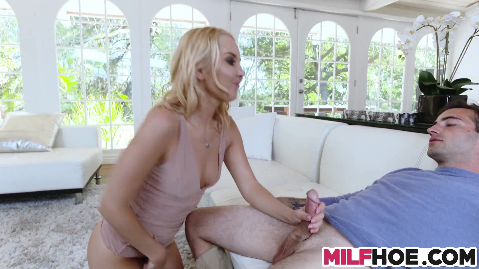 A dirty affair with stunning mom and bf 5