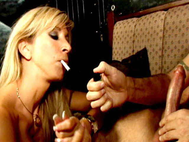 Ultra-kinky Blondie Honey Morgan Ray Smoking And Gargling A Giant Manstick On Her Knees