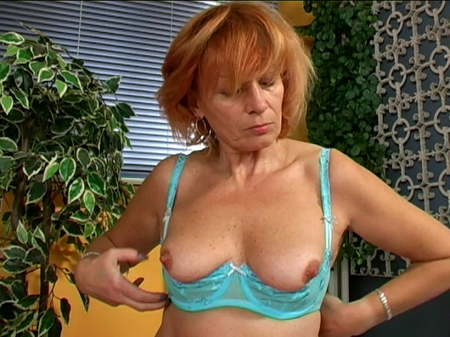 Crimson Haired Big-titted Grannie In Blue Lingeria Girl Caressing Her Wooly Pussy